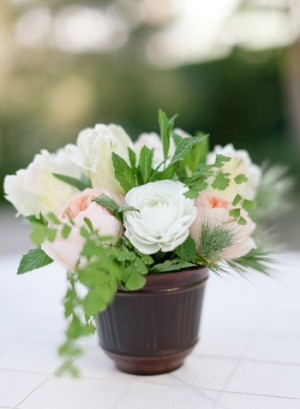 Pink-and-Green-Small-Centerpiece
