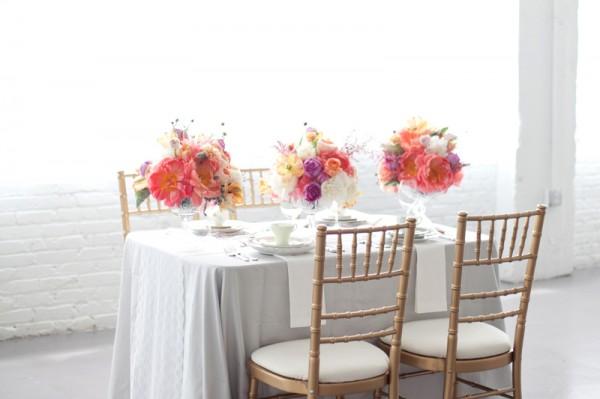 Romantic-Gray-White-Pink-Purple-Wedding-Table