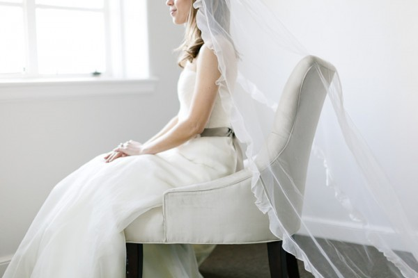 Ruffled-Wedding-Veil