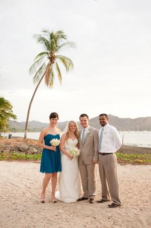 Beach-Wedding-Bridal-Party
