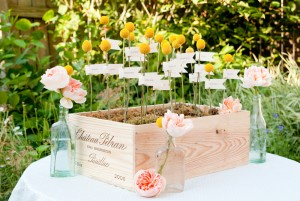 DIY-Escort-Card-Display