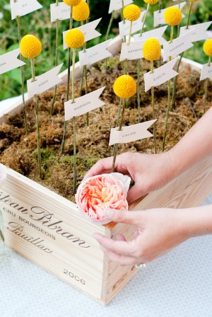 DIY-Mossy-Escort-Card-Box