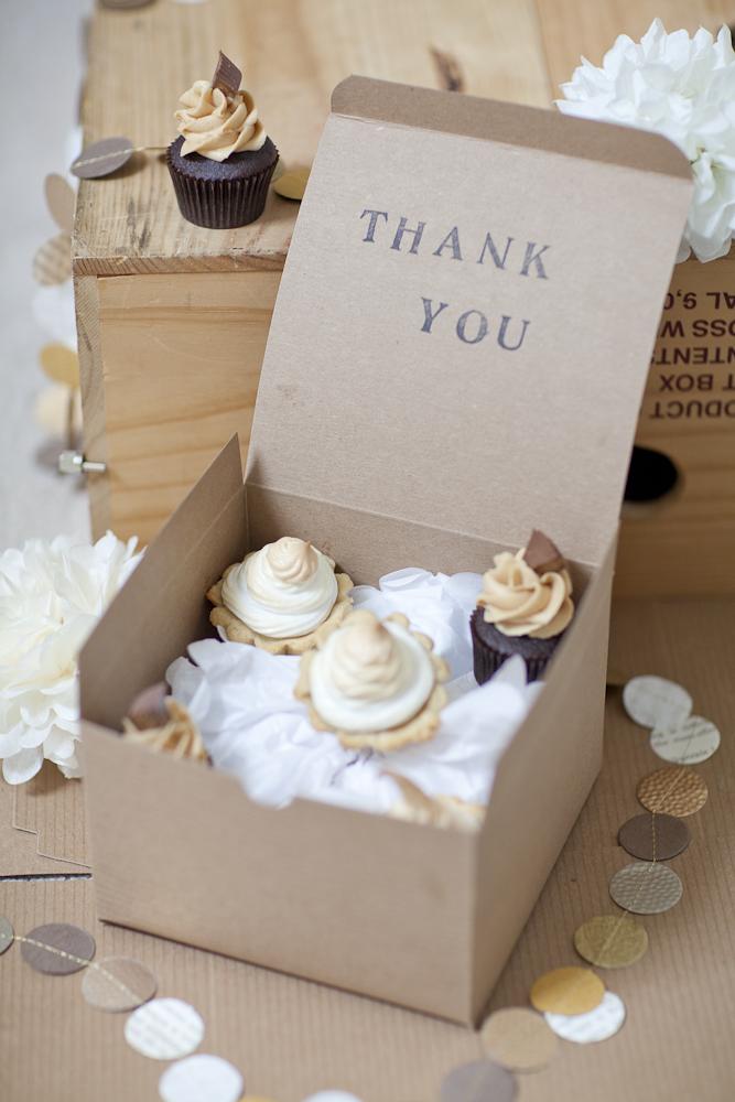 Diy Dessert Favors Elizabeth Anne Designs The Wedding Blog