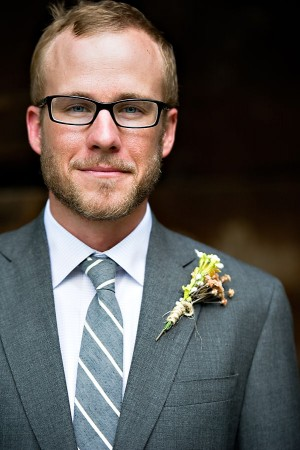 Earthy-Rustic-St-Louis-Wedding-by-Amelia-Strauss-Photography-14