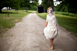 Earthy-Rustic-St-Louis-Wedding-by-Amelia-Strauss-Photography-15