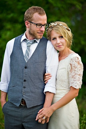 Earthy-Rustic-St-Louis-Wedding-by-Amelia-Strauss-Photography-2