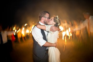 Earthy-Rustic-St-Louis-Wedding-by-Amelia-Strauss-Photography-3