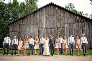 Earthy-Rustic-St-Louis-Wedding-by-Amelia-Strauss-Photography-9