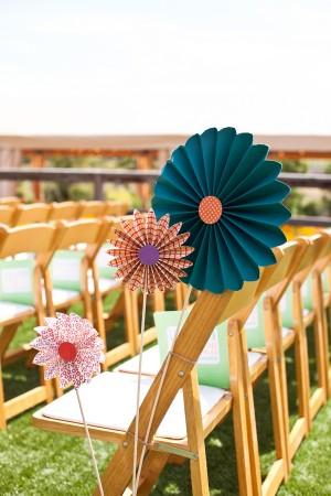 Fun-Pinwheel-Wedding-Ceremony-Decorations