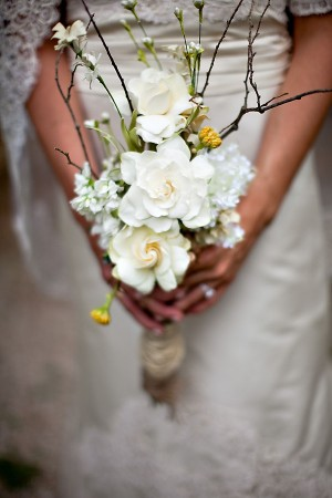 Natural-Wedding-Bouquet-Gardenias