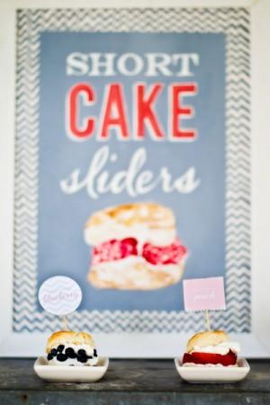 Shortcake-Dessert-Table-3
