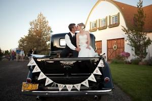 Vintage-Car-Just-Married-Sign-2