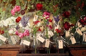 flower-vase-escort-cards