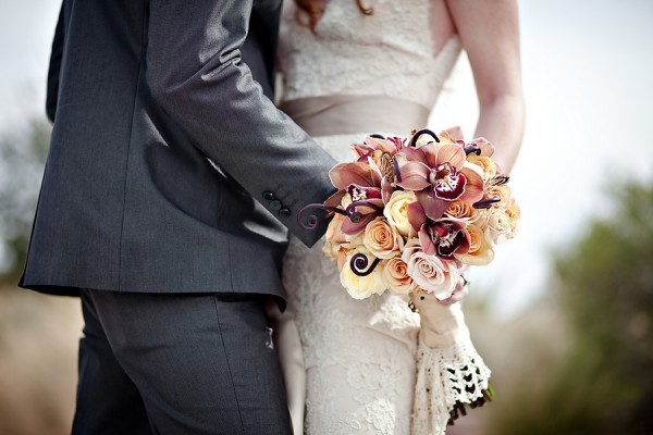 Antique-Autumn-Shades-Wedding-Bouquet