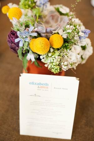 Colorful-Brunch-Wedding-Centerpiece