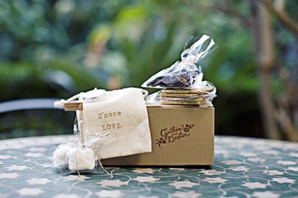 DIY-Smores-Wedding-Favors