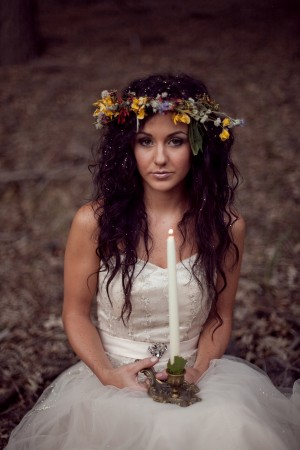 Ethereal-Forest-Bridal-Session-by-Kristen-Booth-2