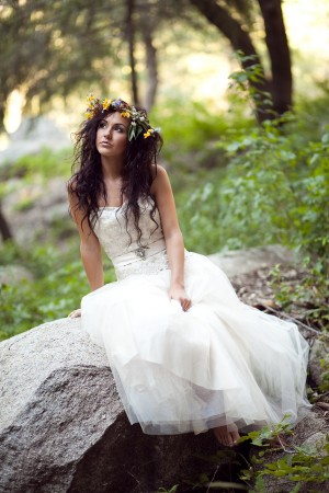Ethereal-Forest-Bridal-Session-by-Kristen-Booth-6