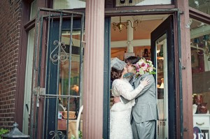 Homey-Vintage-Wedding-by-Untamed-Heart-Photography-9