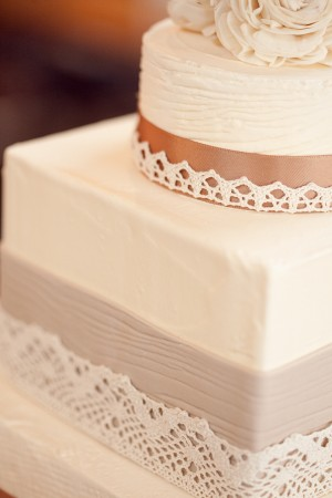 Lace-Wedding-Cake
