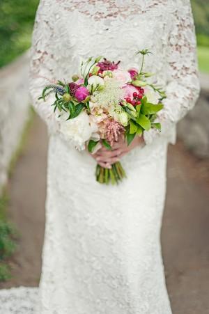 Natural-Pink-White-Wedding-Bouquet