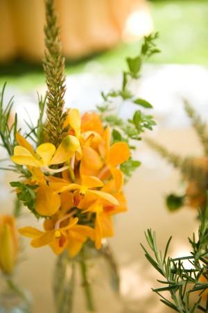 Orange-Healdsburg-Country-Gardens-Wedding-by-Jen-Stewart-1