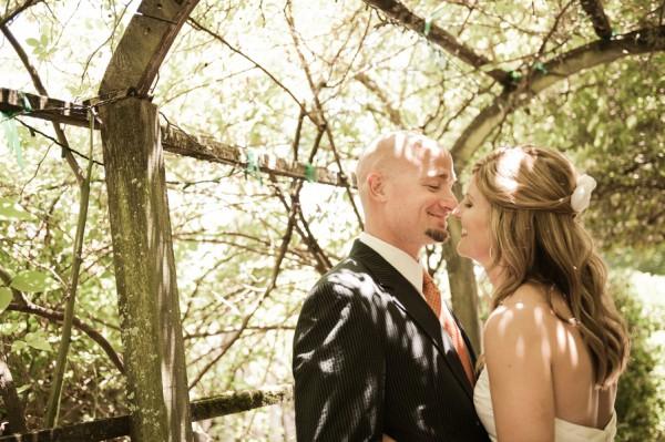 Orange-Healdsburg-Country-Gardens-Wedding-by-Jen-Stewart-7