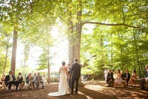 Outdoor-Woods-Wedding-Ceremony