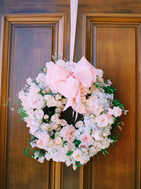 Pale-Pink-Rose-Wreath