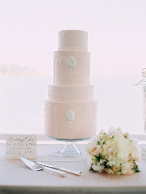 Pale-Pink-White-Classic-Wedding-Cake