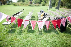 Red-Ceremony-Bunting