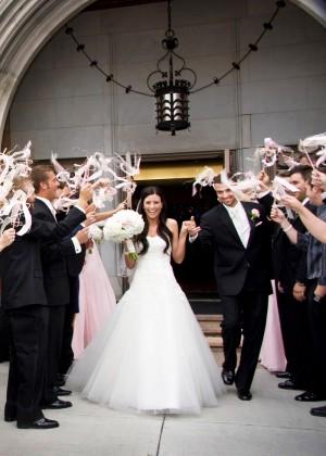 Ribbon-Wand-Wedding-Ceremony-Sendoff