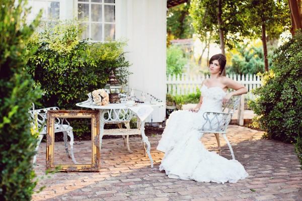 Shabby-Chic-Vintage-Bridal-Shoot-by-Christina-Carroll-5