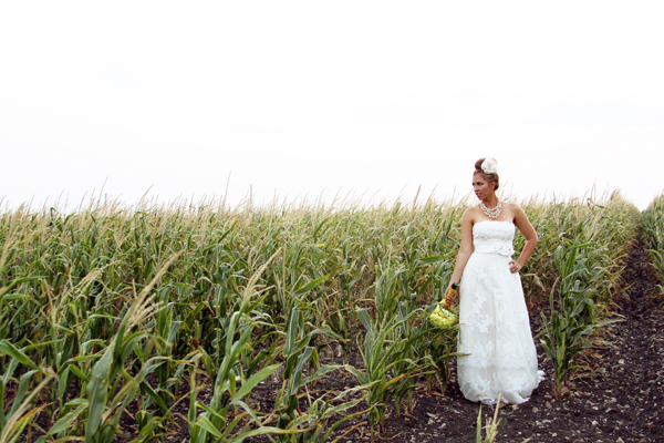Texas-Cornfield-and-Yellow-Chevron-Wedding-Inspiration-by-Shalyn-Nelson-Photography-6
