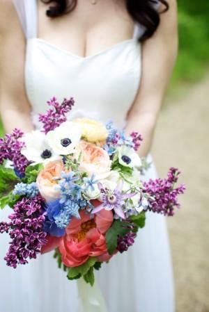 Wild-Floral-Lilac-Anemone-Bouquet