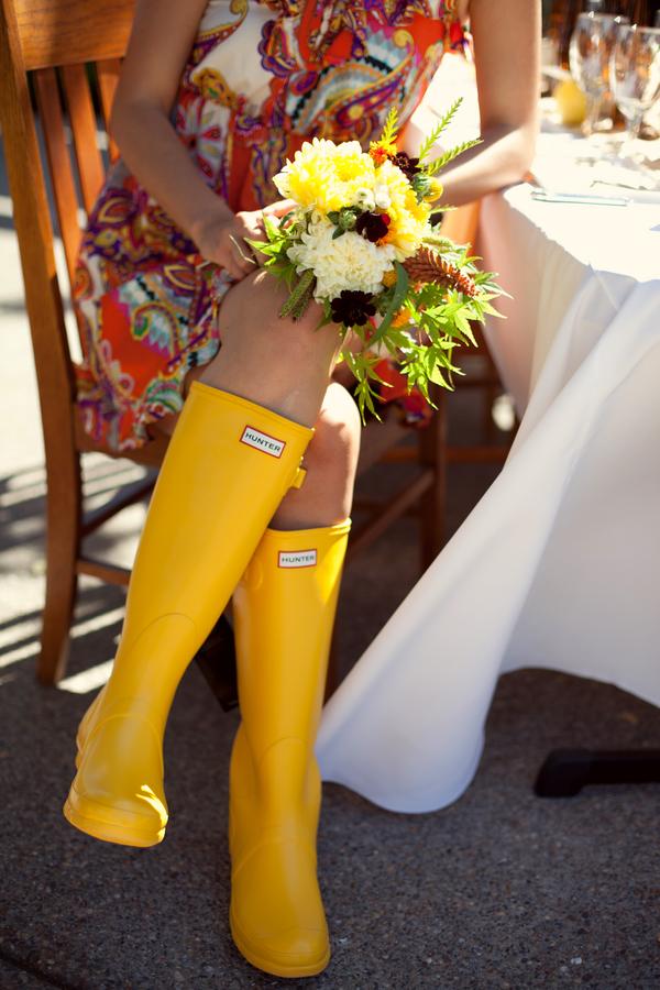 Yellow-Fall-Wedding-Ideas-2