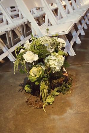 19-Wedding-Delaney-Vineyards-Green-White-Nature