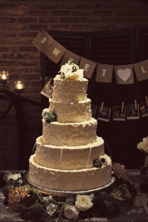 35-Vintage-Rustic-Wedding-Cake