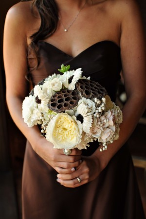 9-Cream-and-Brown-Bouquet
