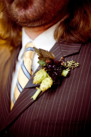Boutonniere-with-Hops