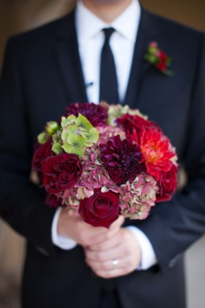 Burgundy-Dahlia-Rose-Bouquet