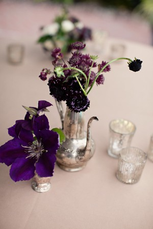 Clematis-and-Strawflower-Mercury-Centerpiece