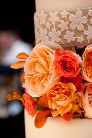 Elegant-Orange-White-Wedding-Cake-3