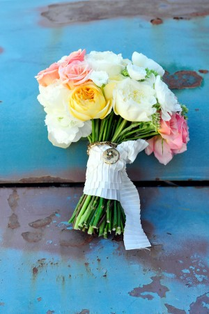 Mixed-Rose-Bouquet