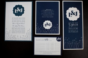 Navy-and-White-Wedding-Invitations