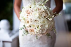 Pale-Mixed-Rose-Bouquet
