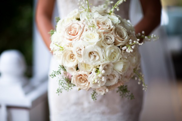 Pale-Mixed-Rose-Bouquet