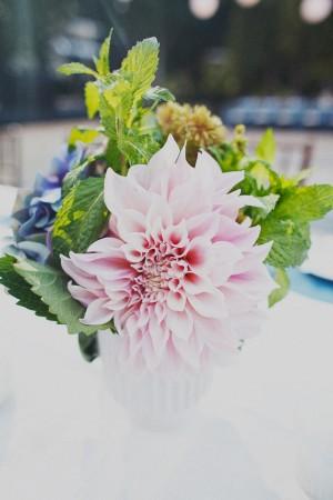 Pink-Dahlia-Centerpiece