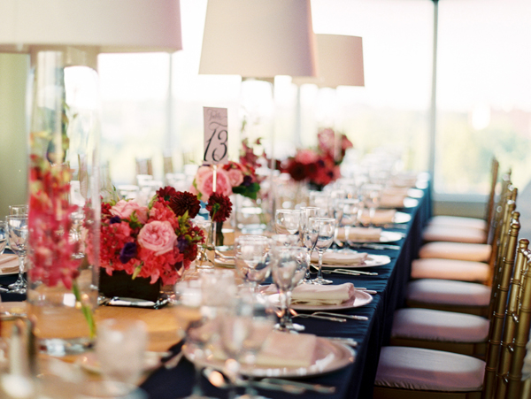 Red-and-Pink-Tablescape