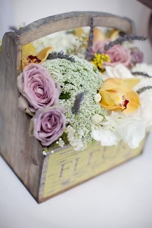 Rustic-Farmstand-Florals